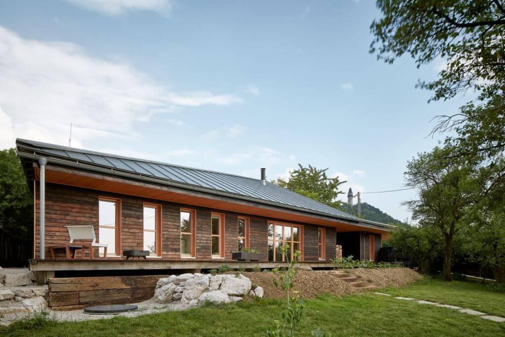 Dự án ngôi nhà Chestnut House của Valarch Studio tại Cộng Hòa Séc