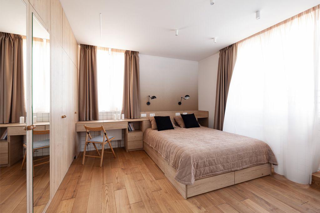 Thiết kế phòng ngủ màu sắc ấm cúng trong phòng ngủ của ba mẹ