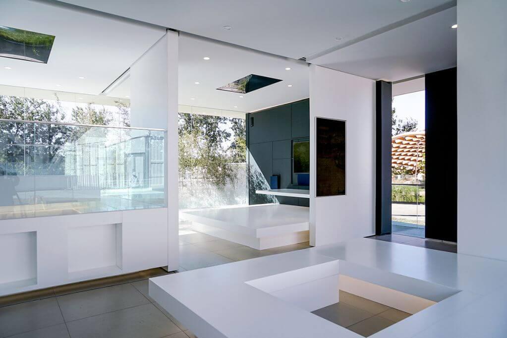 Phân vùng nội thất để điều chỉnh khối lượng cho ngôi nhà
