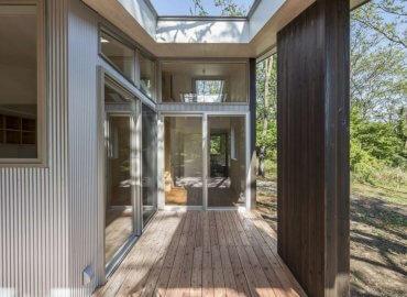 Người sống trong căn nhà có thể cảm nhận được không gian ngoài trời