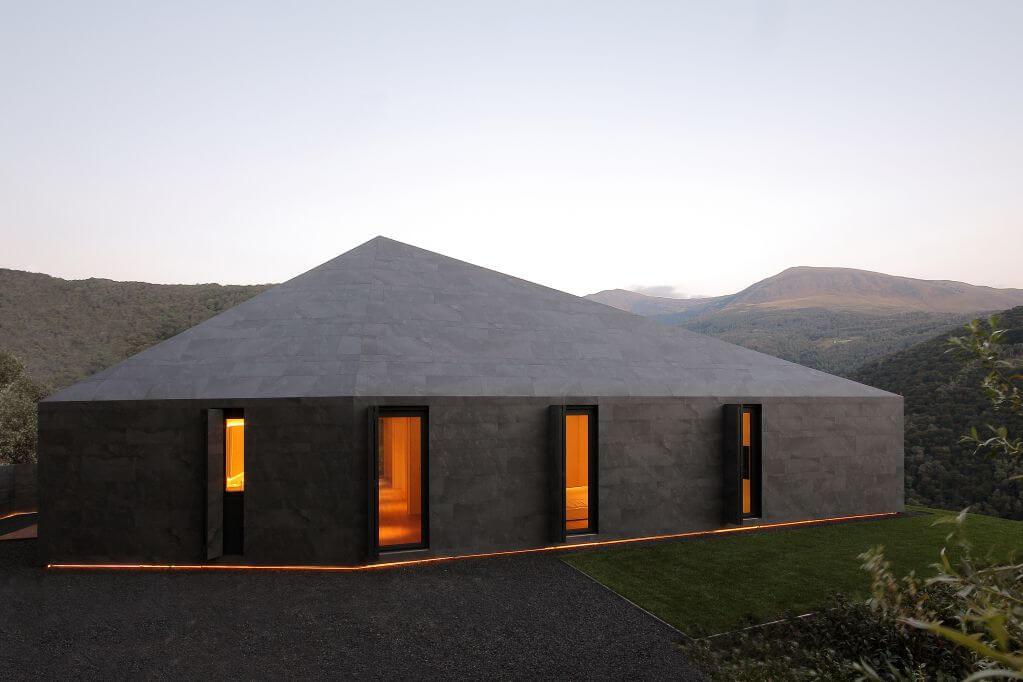 Dự án biệt thự Montebar với ánh mặt trời quanh năm