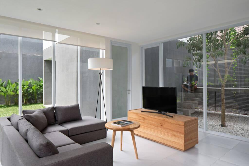 Ngôi nhà được thiết kế thích hợp với điều kiện tự nhiên