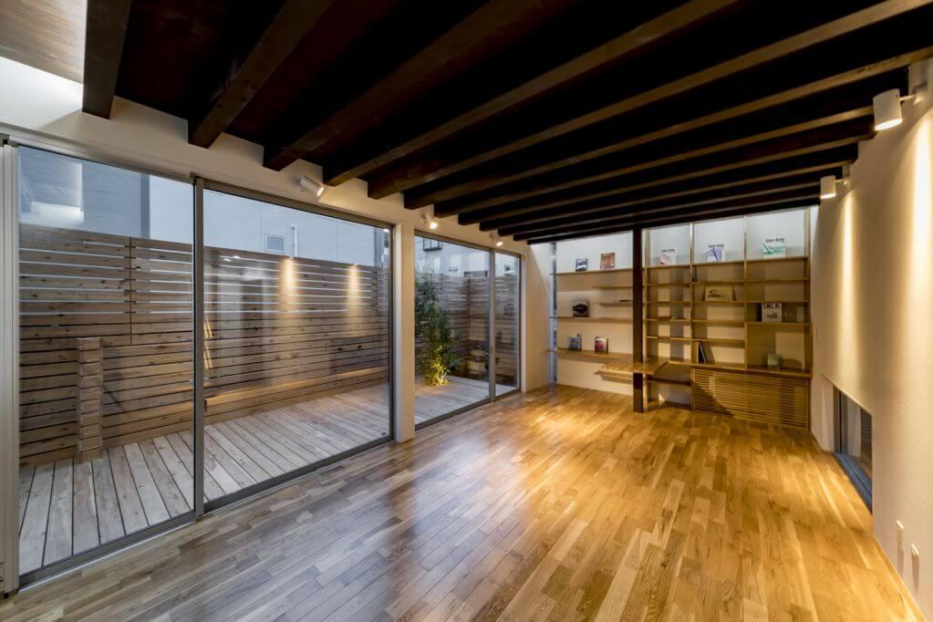 Phòng ngoài trời được tận dụng để thiết kế cho không gian