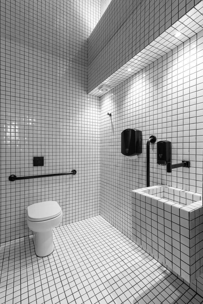 Gạch men sử dụng trong phòng tắm