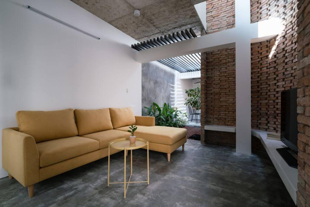 Ngôi nhà được thiết kế giữ nguyên khung cấu trúc của nó