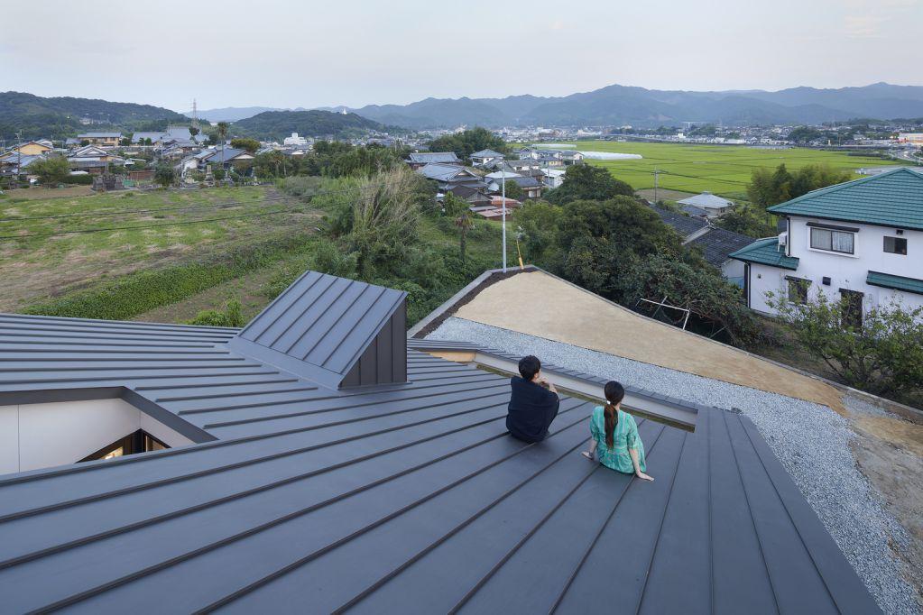 Thiết kế mái nhà cho phép ngắm khung cảnh và ngắm trời sao