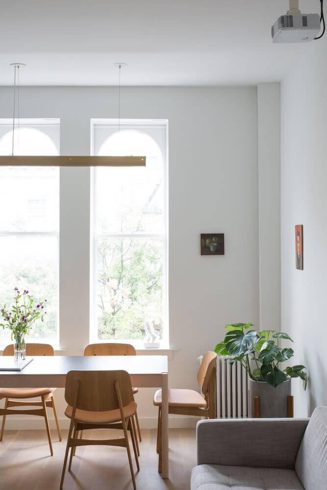 Cả ánh sáng tự nhiên và ánh sáng  nhân tạo được đưa vào trong thiết kế