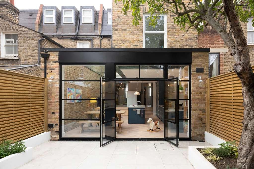 Dự án thiết kế nhà ở Chivalry Road của Sketch Architects tại Vương Quốc Anh