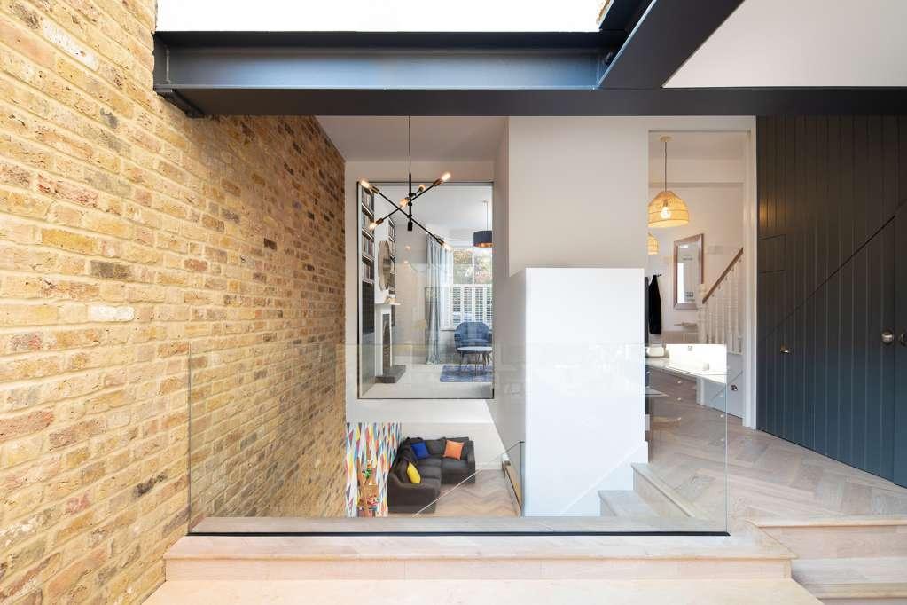 Sàn nhà thiết kế để tăng cường chiều cao