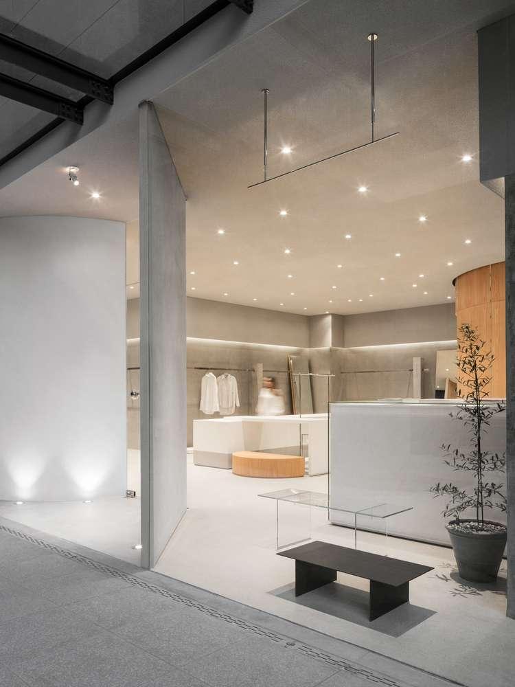 Thiết kế phòng trưng bày thời trang của dự án