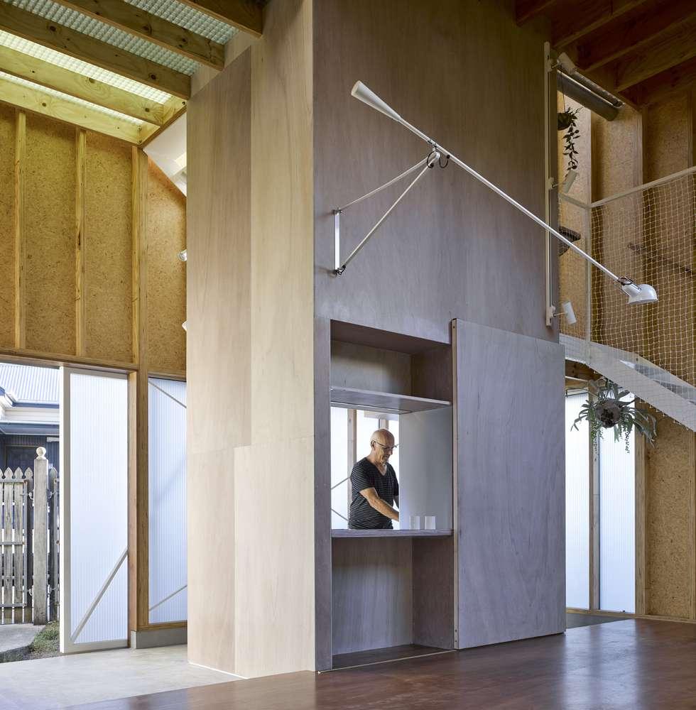 Cửa sổ gắn kết các không gian trong nhà với nhau