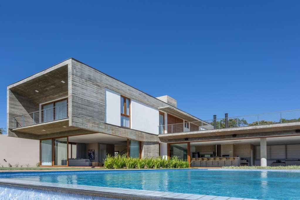 Dự án thiết kế nhà ở HC House của Grupo PR Architects