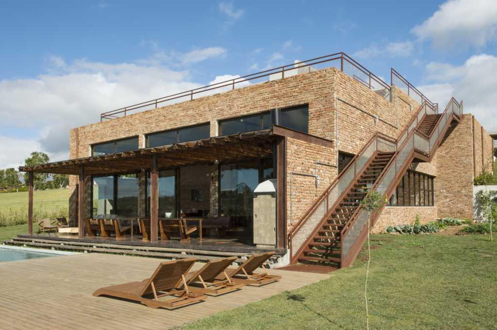 Dự án thiết kế nội thất nhà ở Quinta Baroneza của Estudio Penha