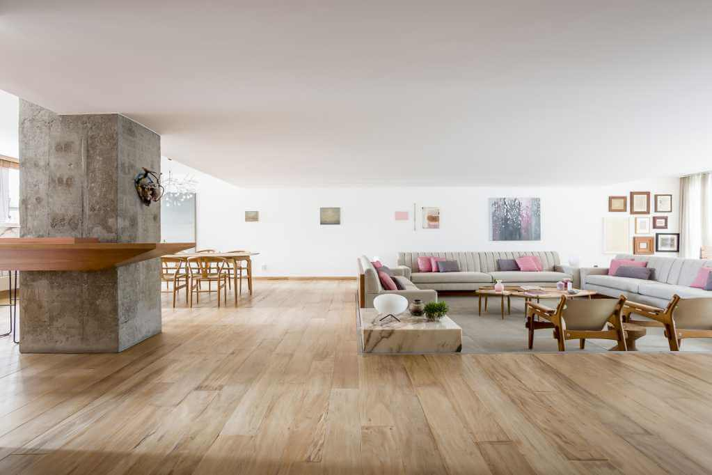 Phòng khách được thiết kế có sàn thấp hơn